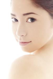 20代日本人女性のビューティーイメージの写真素材 [FYI04565711]