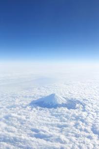 富士山 空撮の写真素材 [FYI04567303]