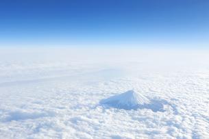富士山 空撮の写真素材 [FYI04567304]