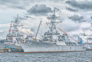 アメリカ海軍軍艦(横須賀港)US NAVY Ship at Yokosuka Japanの写真素材 [FYI04568636]