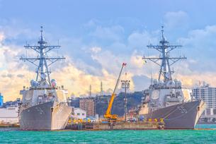 アメリカ海軍軍艦(横須賀港)US NAVY Ship at Yokosuka Japanの写真素材 [FYI04568637]