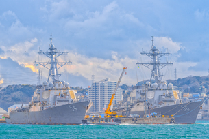 アメリカ海軍軍艦(横須賀港)US NAVY Ship at Yokosuka Japan の写真素材 [FYI04568639]