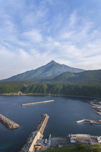 夏の利尻富士の写真素材 [FYI04568893]