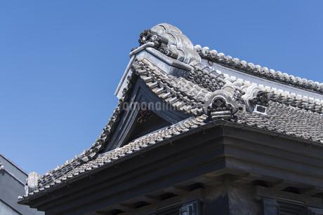 鬼瓦屋根 小江戸川越の写真素材 [FYI04569529]