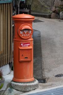 有馬温泉のクラシカルな郵便ポストの写真素材 [FYI04571286]