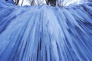 2月 氷瀑の世界 -南牧(みなみまき)村の湯川渓谷-の写真素材 [FYI04572705]