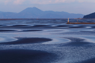 熊本県宇土市の渚百選の御輿来海岸の写真素材 [FYI04572829]