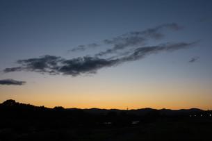 美しい夕暮れの空の写真素材 [FYI04573554]