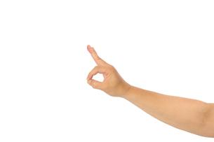 中年男性の手のポーズ OKマークの写真素材 [FYI04573896]