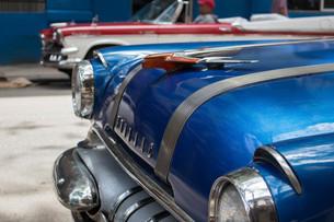 キューバのアメ車の写真素材 [FYI04574451]
