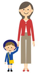 手をつなぐ園児とお母さんのイラスト素材 [FYI04575866]