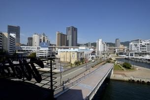 神戸,ハーバーランドモザイクからの街並みの写真素材 [FYI04578374]