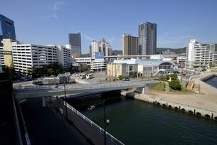 神戸,ハーバーランドモザイクからの街並みの写真素材 [FYI04578378]