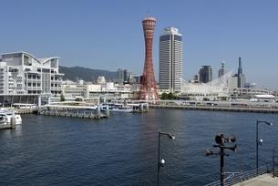 神戸,ハーバーランドモザイクからの神戸港の写真素材 [FYI04578386]