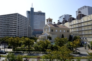 神戸,ハーバーランドモザイクからの街並みの写真素材 [FYI04578417]