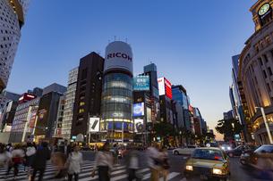 東京都 中央区 銀座 銀座の夜景  の写真素材 [FYI04578797]