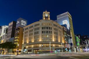 東京都 中央区 銀座 銀座の夜景の写真素材 [FYI04578802]
