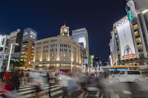 東京都 中央区 銀座 銀座の夜景  の写真素材 [FYI04578806]
