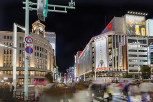 東京都 中央区 銀座 銀座の夜景  の写真素材 [FYI04578809]