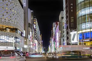 東京都 中央区 銀座 銀座の夜景  の写真素材 [FYI04578818]