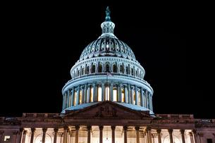 アメリカ合衆国議会議事堂(United States Capitol)の写真素材 [FYI04578826]