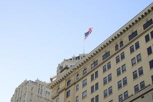 風に揺れるアメリカ国旗 星条旗4の写真素材 [FYI04579816]