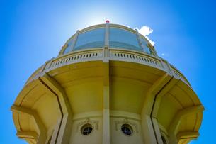 青空に映える水戸市水道低区配水塔の写真素材 [FYI04580198]