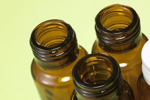 ドリンク剤のビンの写真素材 [FYI04580615]