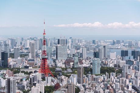 晴天の東京都心の都市景観の写真素材 [FYI04582363]