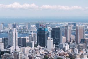 晴天の東京都心の都市景観の写真素材 [FYI04582370]