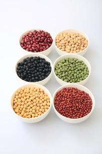色んな豆類の写真素材 [FYI04583893]