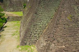 復旧工事中の熊本城二様の石垣の写真素材 [FYI04584024]