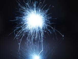 ライトペインティングの写真素材 [FYI04584412]
