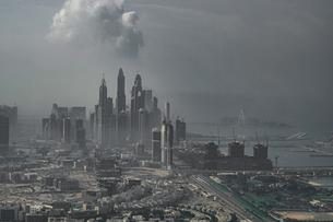 ドバイ(アラブ首長国連邦)の都市風景の写真素材 [FYI04584518]