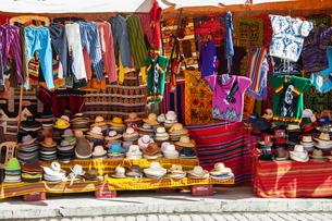 ボリビアの民芸品屋の帽子の写真素材 [FYI04585404]