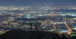 北海道 風景 藻岩山より札幌市街遠望 (夕景)の写真素材 [FYI04585803]