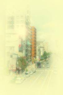 ビルと道路の写真素材 [FYI04586534]