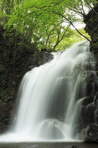 軽井沢の浅間大滝の写真素材 [FYI04587071]