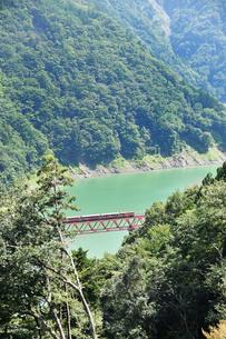 大井川鉄道の鉄橋の写真素材 [FYI04587107]