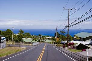 海を見下ろす道からの写真素材 [FYI04587550]