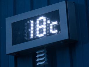 デジタル温度計の写真素材 [FYI04588603]