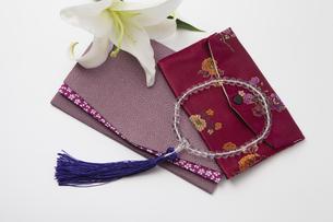 数珠と袱紗の写真素材 [FYI04589125]