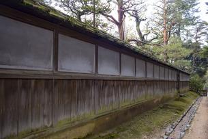 石川県金沢市 雨上がりの兼六園の写真素材 [FYI04589412]