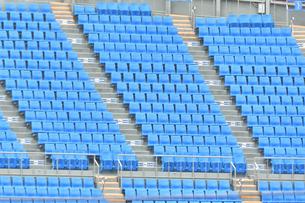 スタジアムの無観客席の写真素材 [FYI04589800]