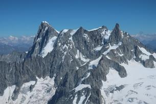 フランス、シャモニー、アルプス三大北壁グランドジョラスの写真素材 [FYI04590712]