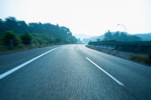 高速道路の写真素材 [FYI04592168]