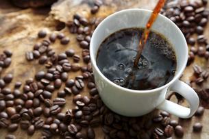 コーヒーの湯気の写真素材 [FYI04592677]