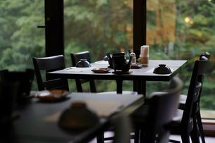 旅館の朝食の写真素材 [FYI04595395]