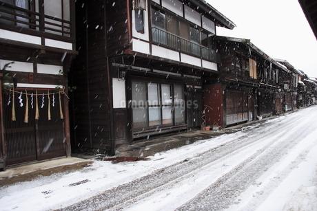 1月 雪の奈良井宿の写真素材 [FYI04596144]
