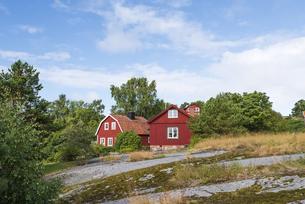スウェーデンの赤い家②の写真素材 [FYI04597381]